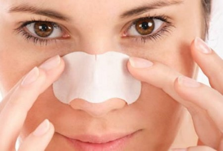 Understanding-the-Most-Effective-Blackhead-Removal-Methods